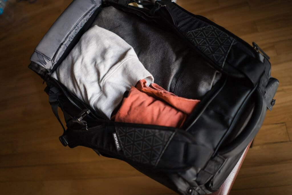 nomatic travel bag packing