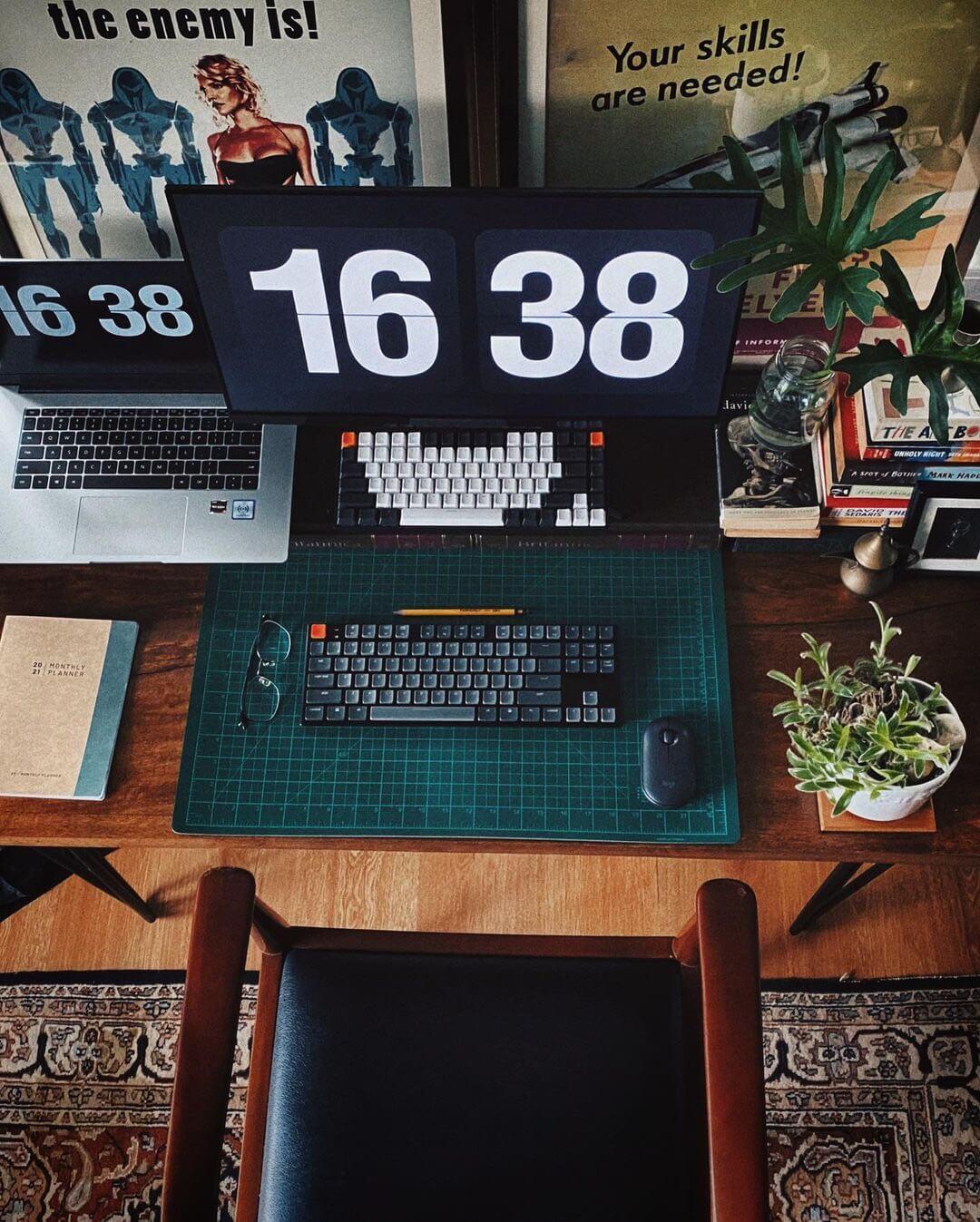 Cutting Mat Desk Pad Idea