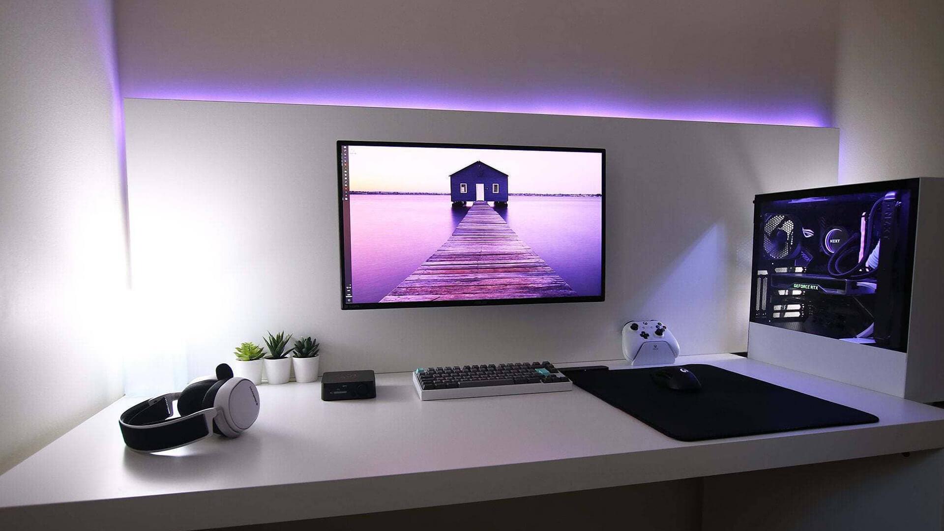 Minimal LED Light Accent Wall