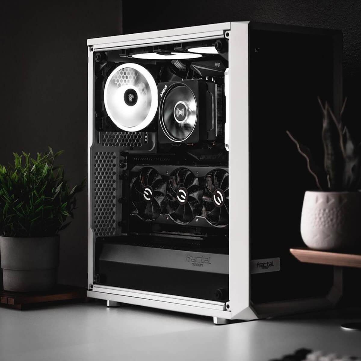 Minimal Gaming PC Cases