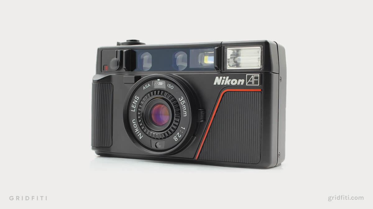 Nikon L35AF vs Contax T2